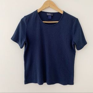 Vintage cute basic navy tee with knit pattern